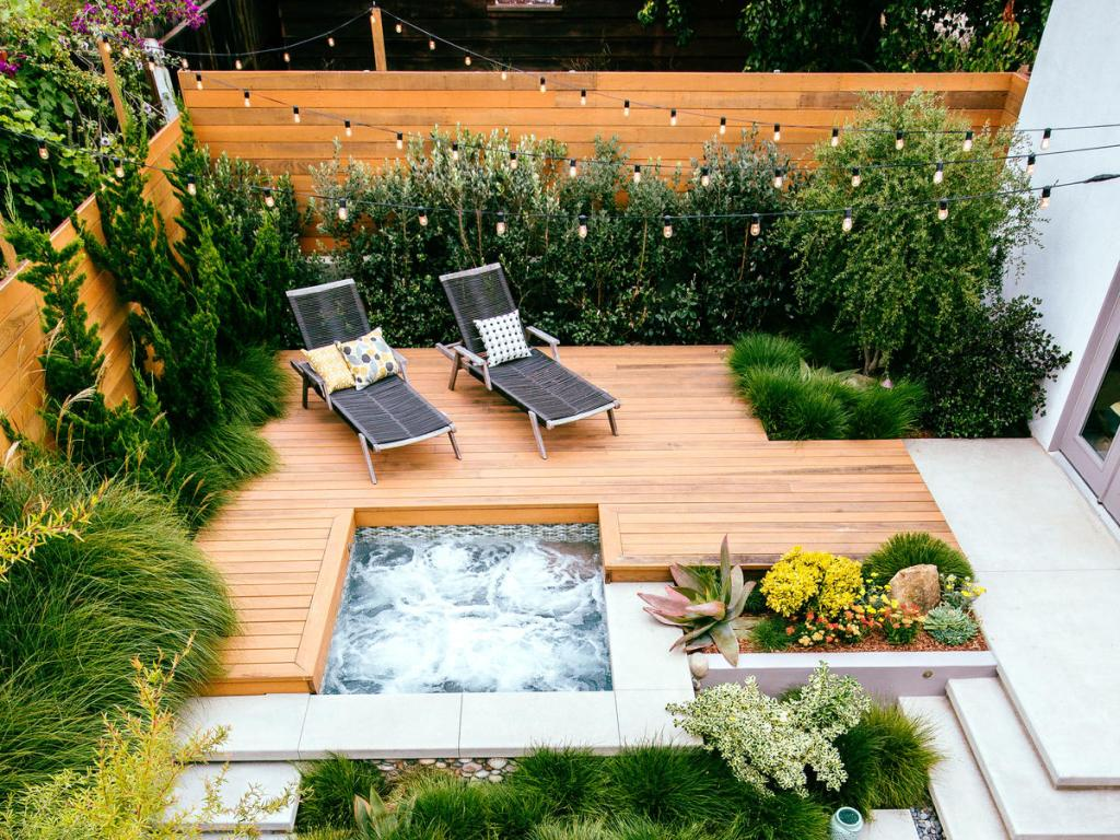 Transforming The Deck Into A Sitting Room