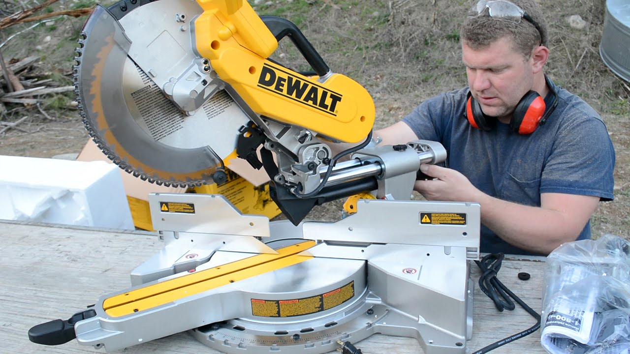 What are the advantages of a compound miter saw