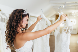 Say Yes to the Dress! 5 Tips for Picking the Perfect Wedding Dress