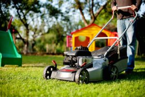Things to Consider When Looking for the Best Lawn Care Agency