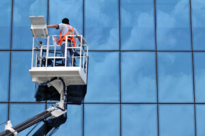 6 Tips to Consider When Choosing the Right Window Cleaning Company