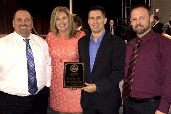 Hydro-Dyne Team receiving award