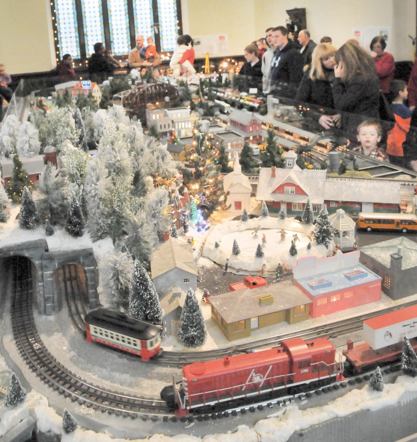 model train barron arts center