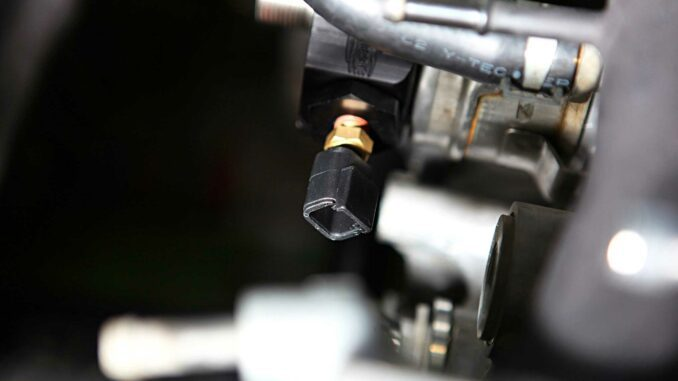 Engine Coolant Temperature Sensor (ECT) Replacement - How To Do It