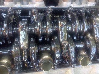 Engine Sludge - Top 2 Ways To Stop Or Slow Down Engine Sludge