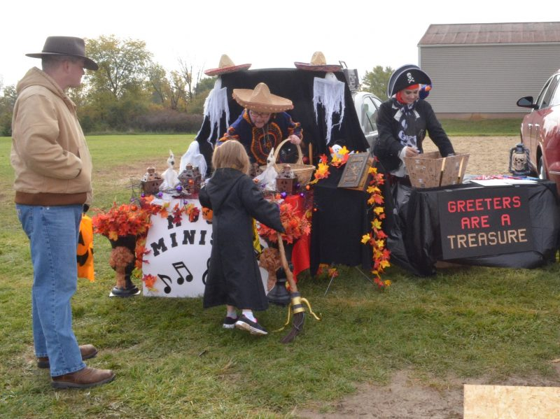 Trunk or Treat: October 27