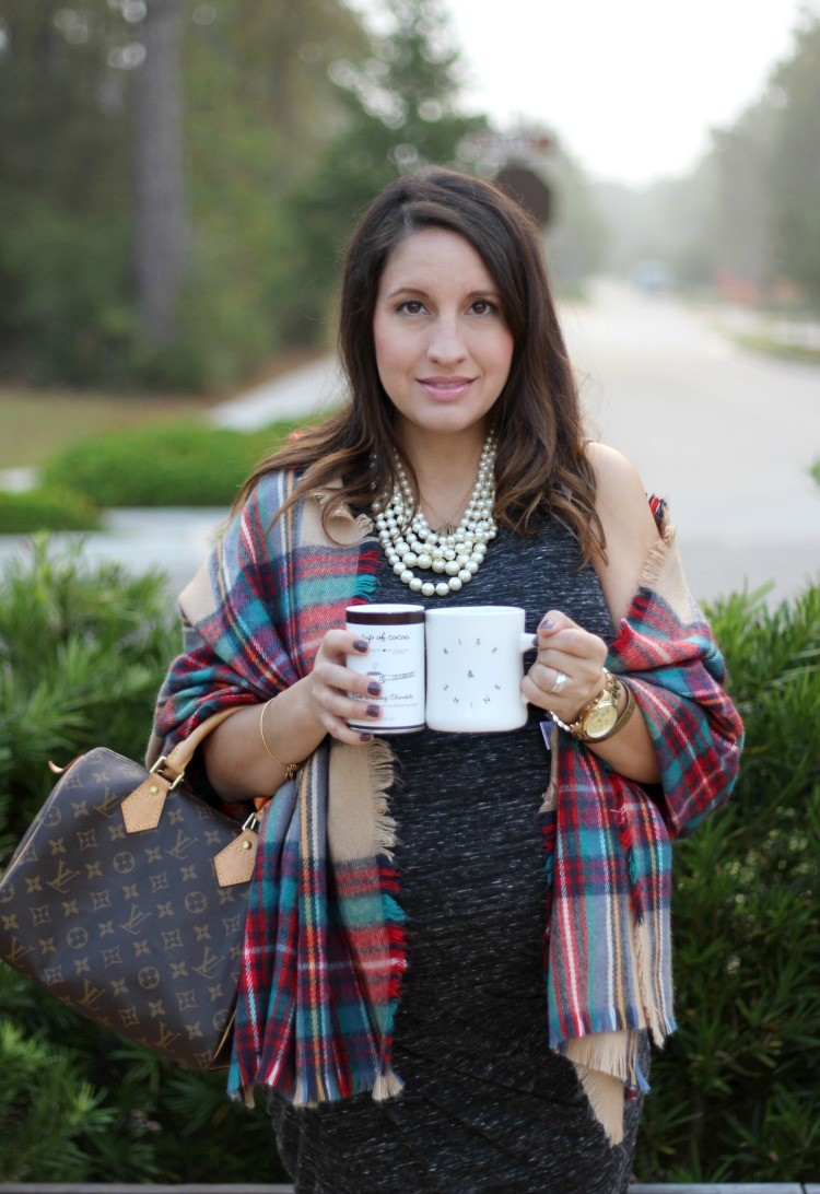 petite-fashion-blog-pretty-in-her-pearls-houston-style-maternity-style-rise-and-shine-diner-mug-my-cup-of-cocoa