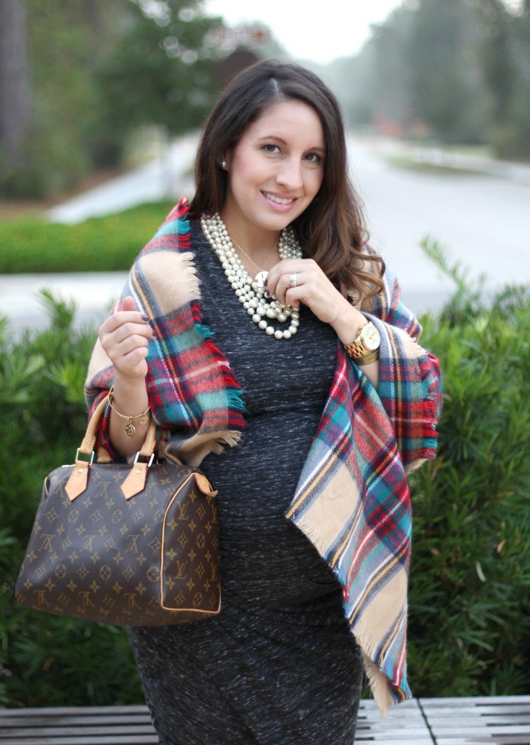 petite-fashion-blog-pretty-in-her-pearls-houston-style-maternity-style