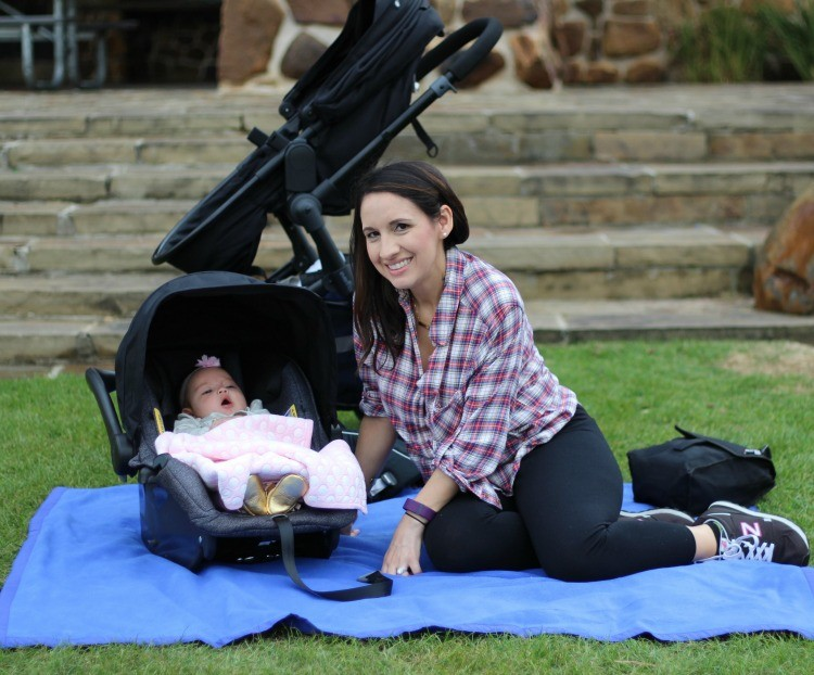 A day out at the park with Evenflo Pivot Travel System + Review