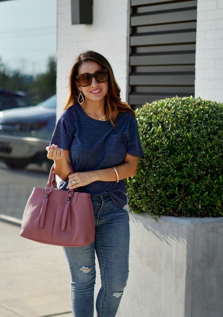 Kendra Scott Earrings, Blue t-shirt, and skinny jeans