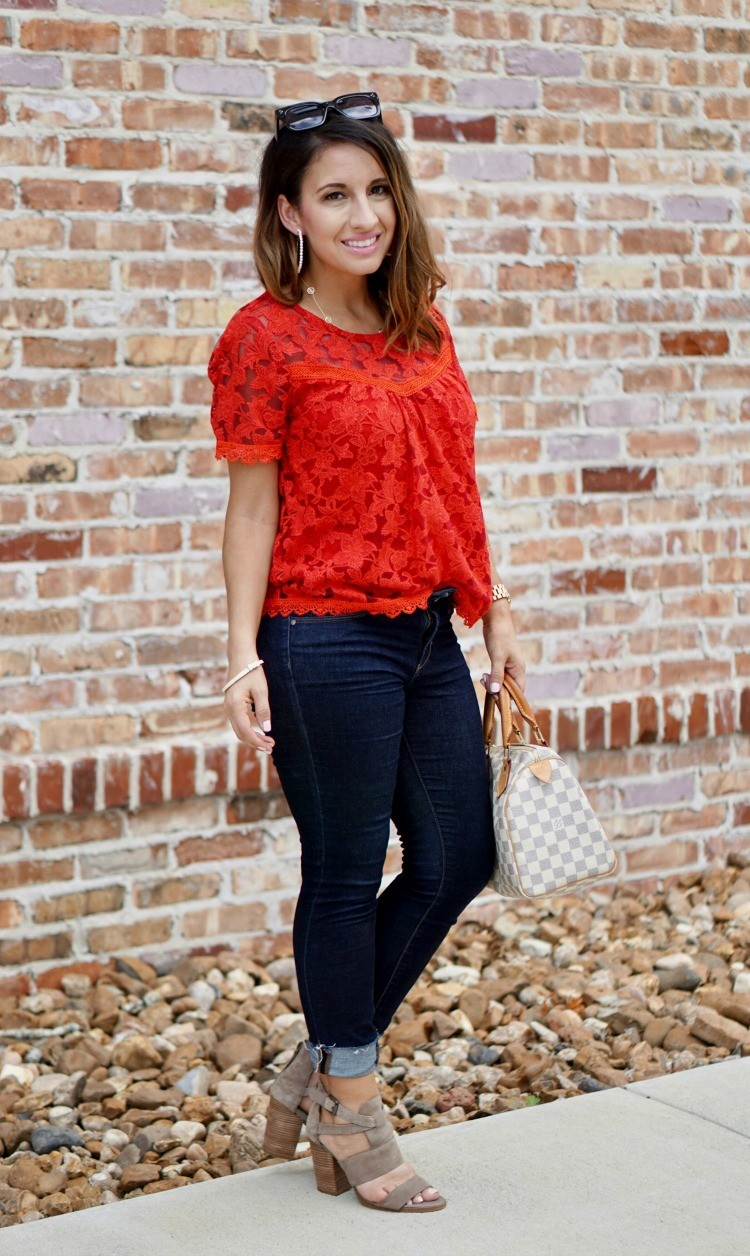 Willow & Clay top, skinny jeans, and heels