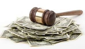 Fee Arrangement Between A Client And Lawyer