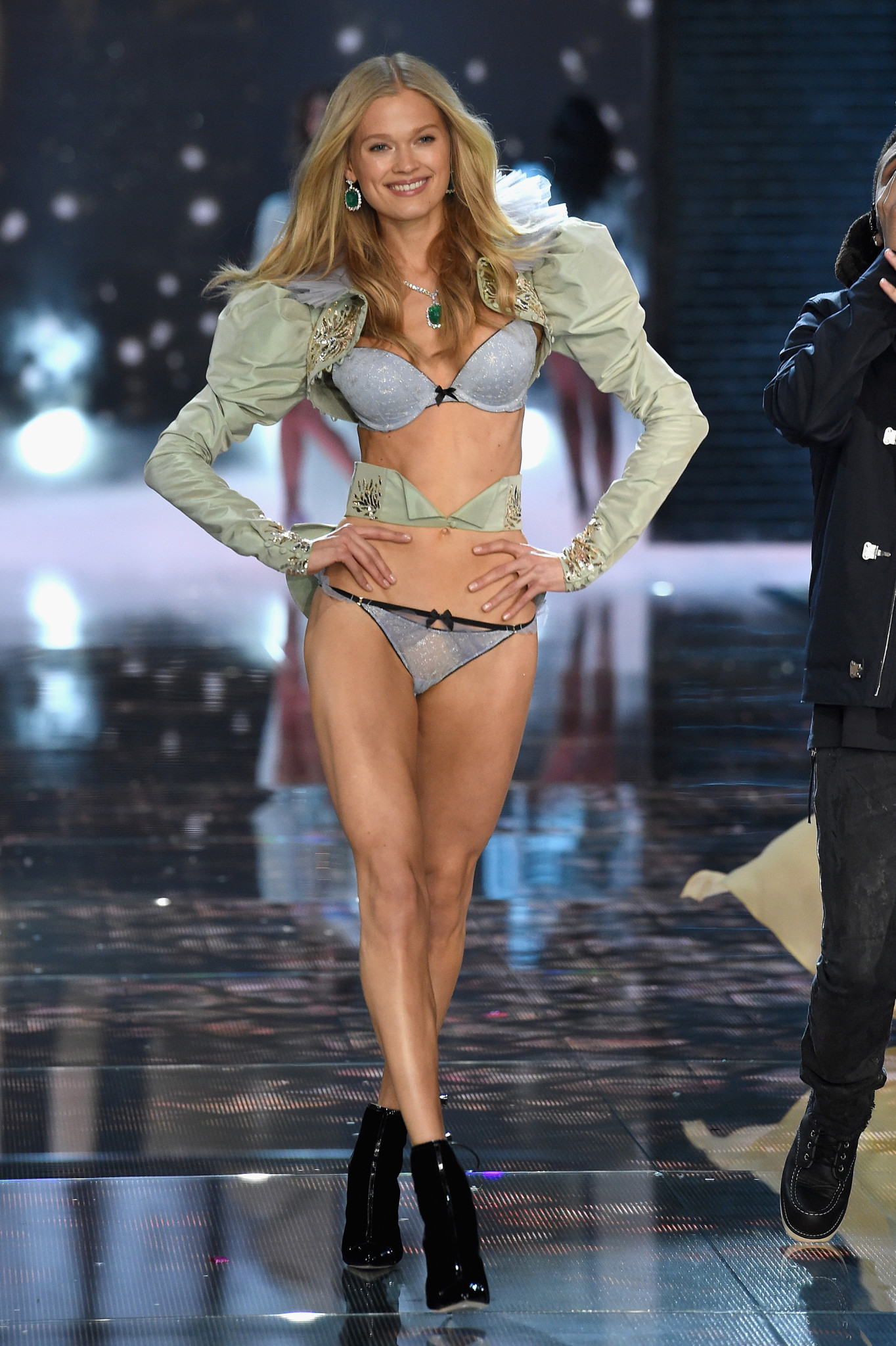 NEW YORK, NY - NOVEMBER 10: Model Vita Sidorkina from Russia walks the runway during the 2015 Victoria's Secret Fashion Show at Lexington Avenue Armory on November 10, 2015 in New York City. (Photo by Dimitrios Kambouris/Getty Images for Victoria's Secret) *** Local Caption *** Vita Sidorkina