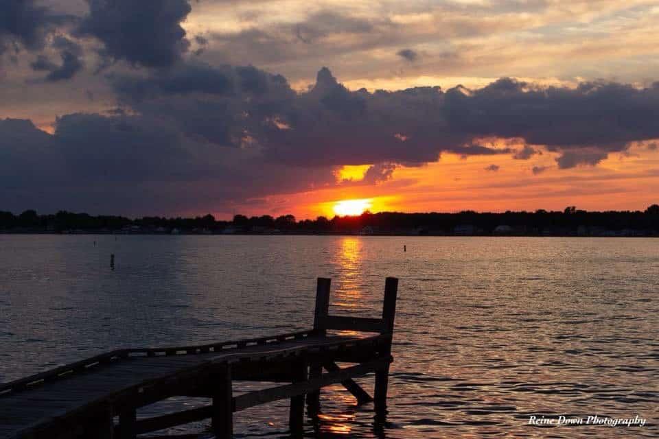 photography inspiration on a lake at sunset