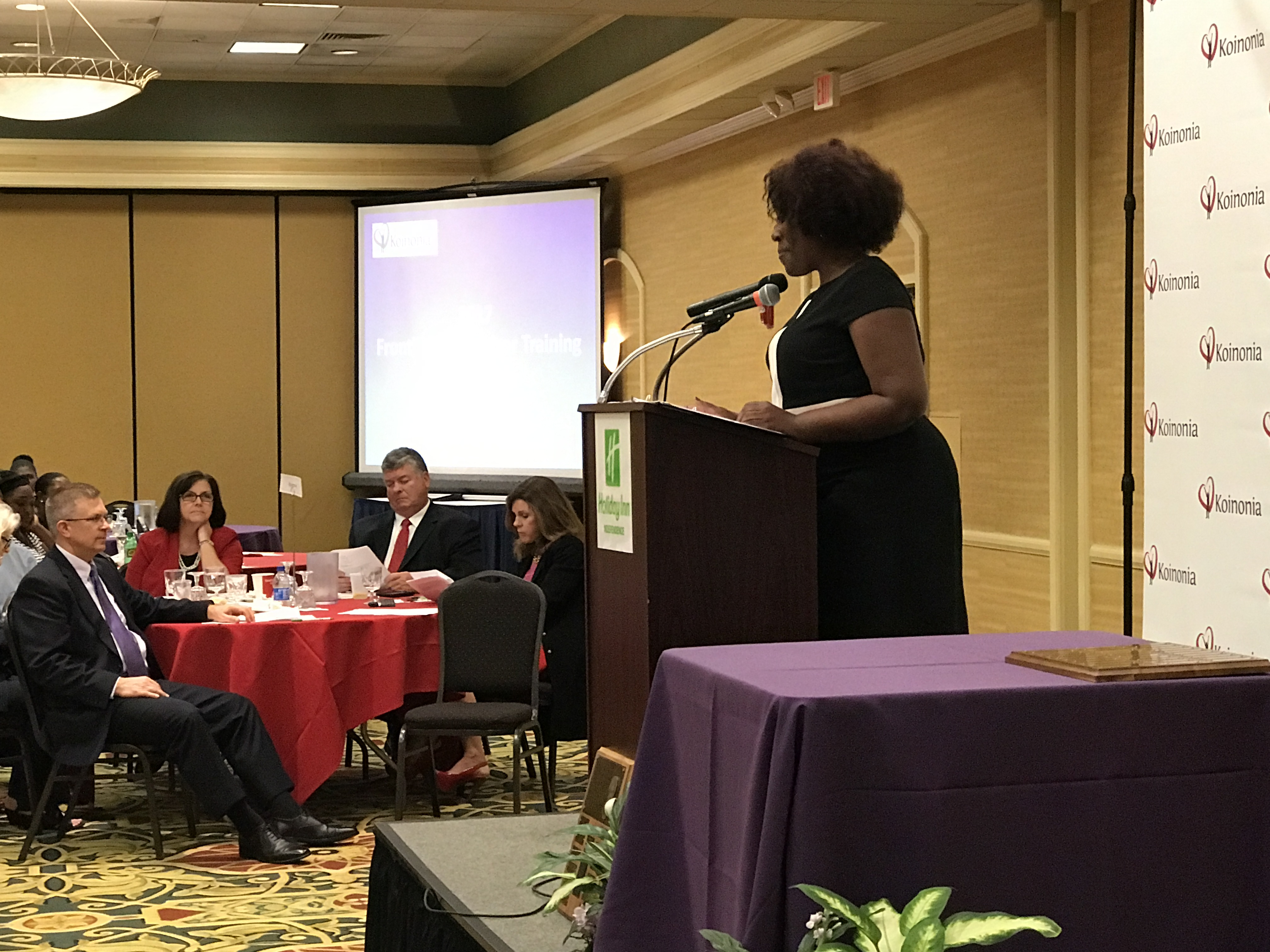 Vanessa Lee presents Frontline Supervisor Awards
