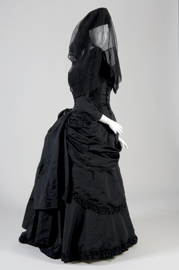 Gothic: Dark Glamour exhibition at the Fashion Institute of Technology