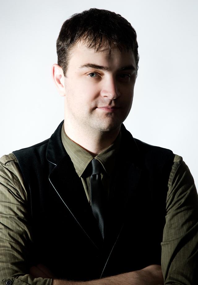 auxiliary profiles : Aaron Andrews