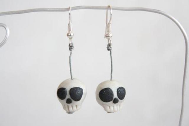 item of the week : Skull Earrings by Emily Tomasik