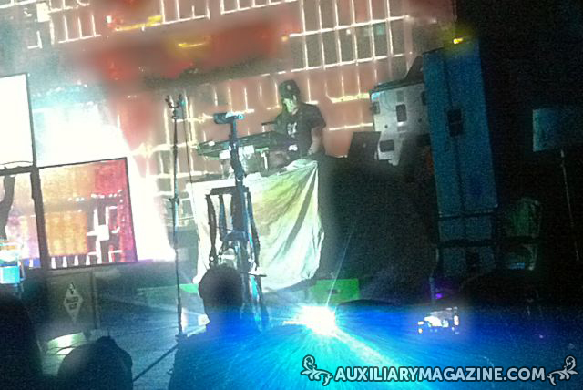 in attendance : Skinny Puppy – Live Shapes for Arms Tour