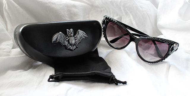 item of the week : The Vampire Goddess Sunglasses by Dahlia Deranged