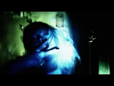 music video : Alice in Videoland – In A Band