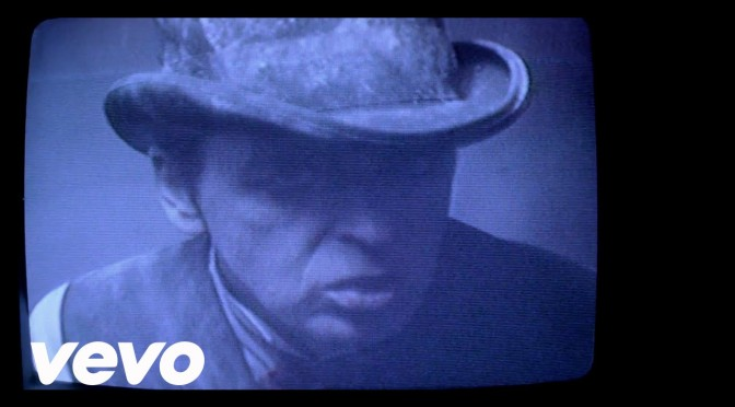 music video : Gary Numan – Love Hurt Bleed