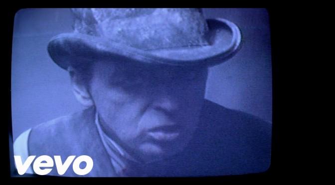music video : Gary Numan – Love Hurt Bleed