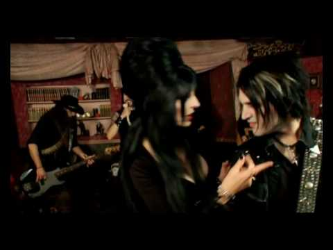 music video : Ghoultown – Mistress of the Dark