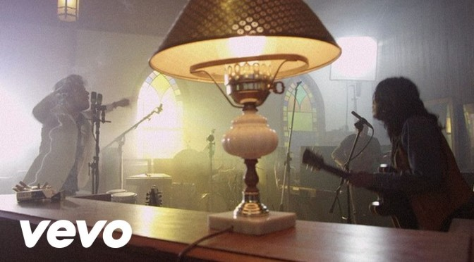 music video : Yeasayer – Longevity
