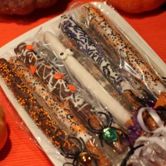 Halloween Chocolate Dipped Pretzels