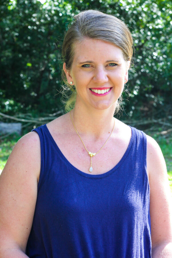 Heidi Hinnenkamp is a worship team leader at Learn Together Lowcountry homeschool co-op in Bluffton SC