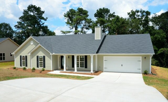 Pros and Cons of Replacing Your Roof Before a Listing
