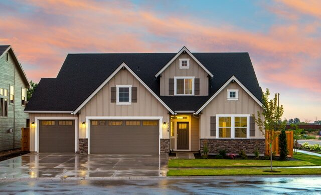 3 Critical Considerations When You Choose Your Garage Doors