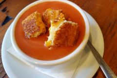 tomato-soup-grilled-cheese-croutons