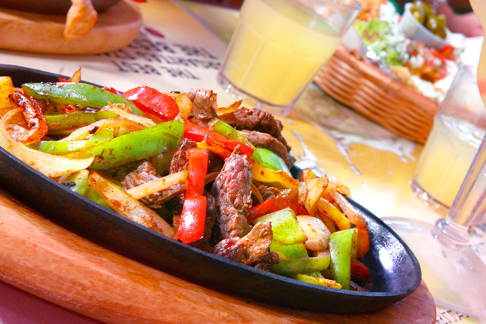 Steak fajitas skillet