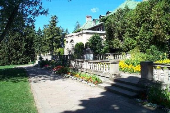 Parkwood National Historia Site Oshawa Ontario