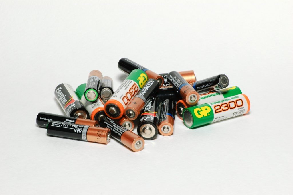 Batteries-are-bad-for-the-environment