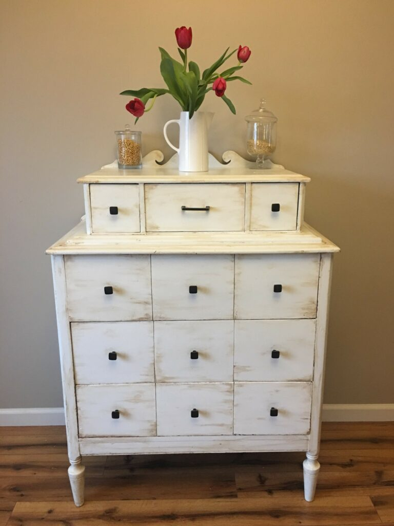 Where to buy used furniture to flip