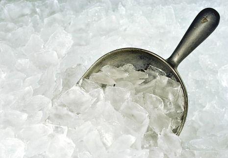 Ice cubes can break teeth