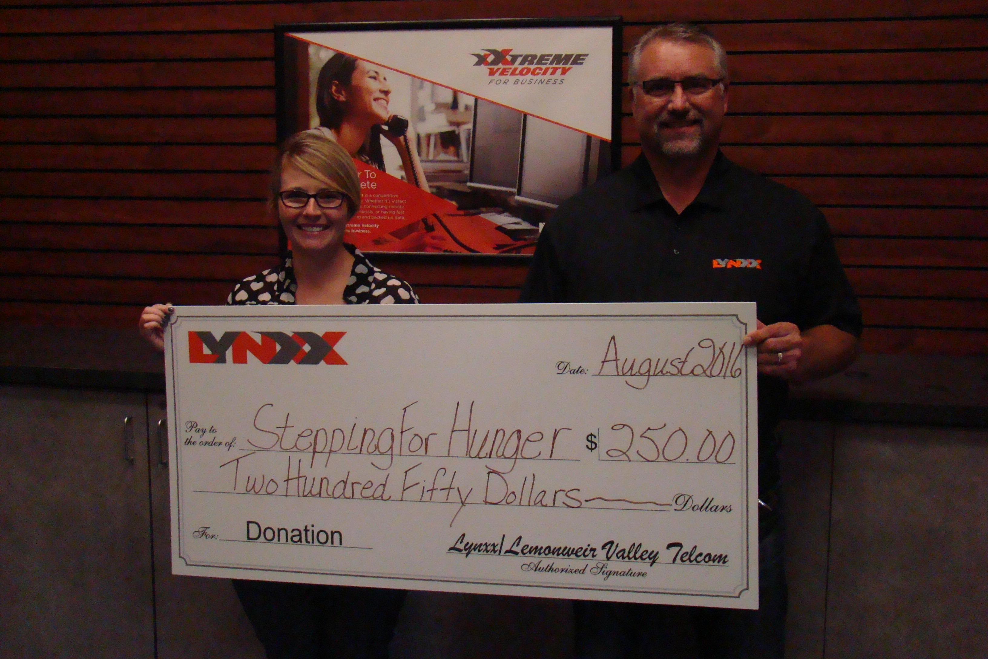 LYNXX Donates to 2016 Stepping For Hunger 5K RunWalk and 10K