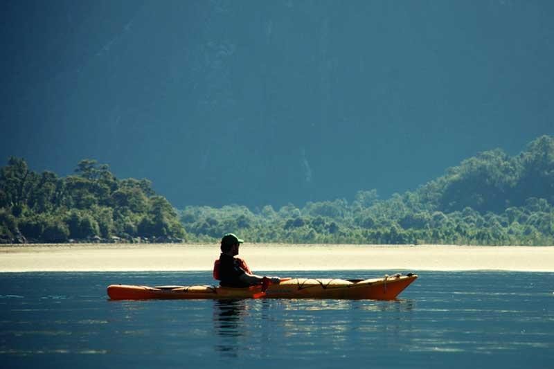 Kayaking---copia