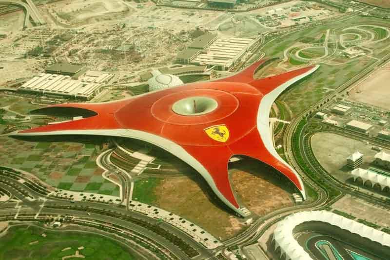 AUH5_FerrariWorld