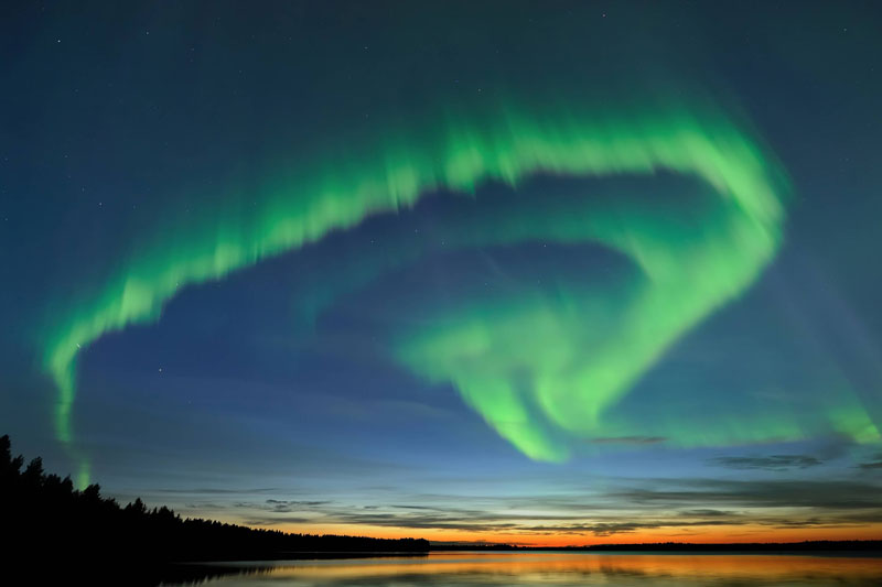 Northern-lights---Image-by-Thomas-Kast,-Visit-Finland