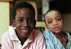 Children with TB in South Africa ©WHO/TBP/Gary Hampton