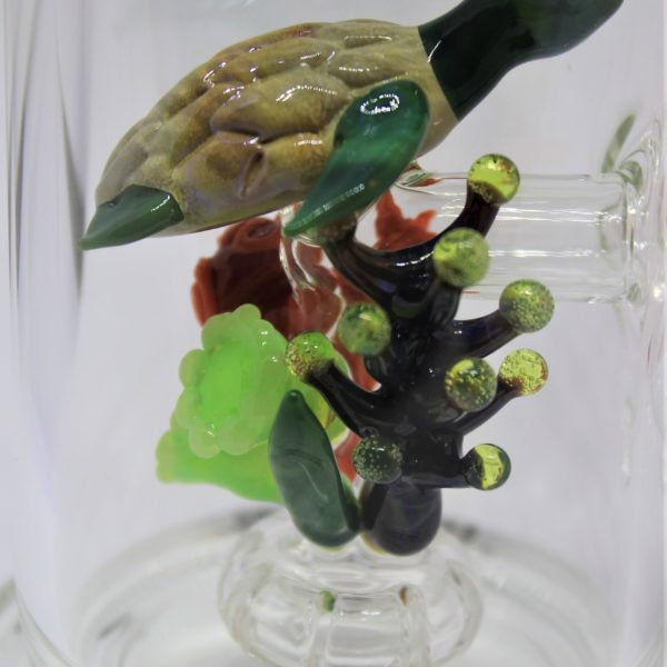 Turtle with UV Reflective Coral Reef Water Pipe