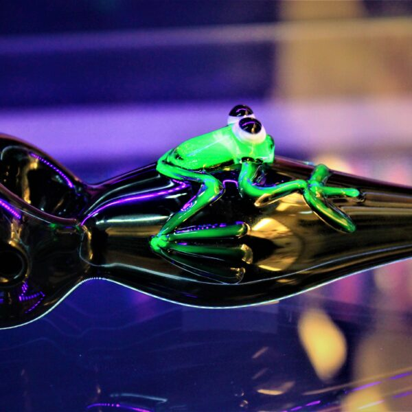 Illuminati – UV Reactive Frog
