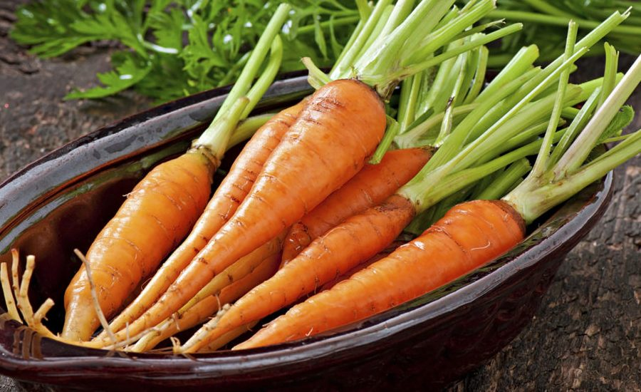10 Vitamin in Carrots: Nutrition Facts and Health Benefits