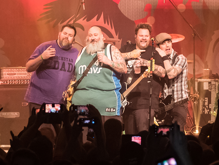 Bowling for Soup comes to Wildflower! rescue with Friday night performance