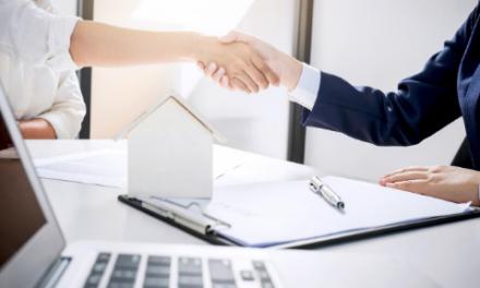 Vender una casa durante tiempos inusuales