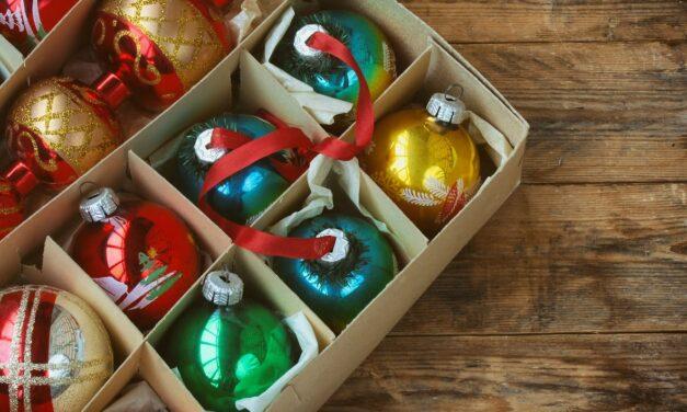 Cómo guardar las decoraciones después de la temporada navideña